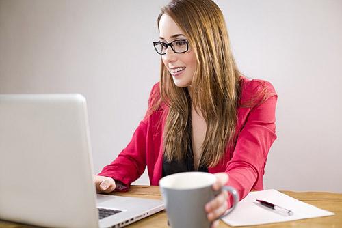 Escritório em Casa Secretária Remota ou Assistente Virtual (2)