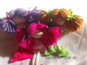 Como vender artesanato pela internet bonequinhas de pano chaveiro