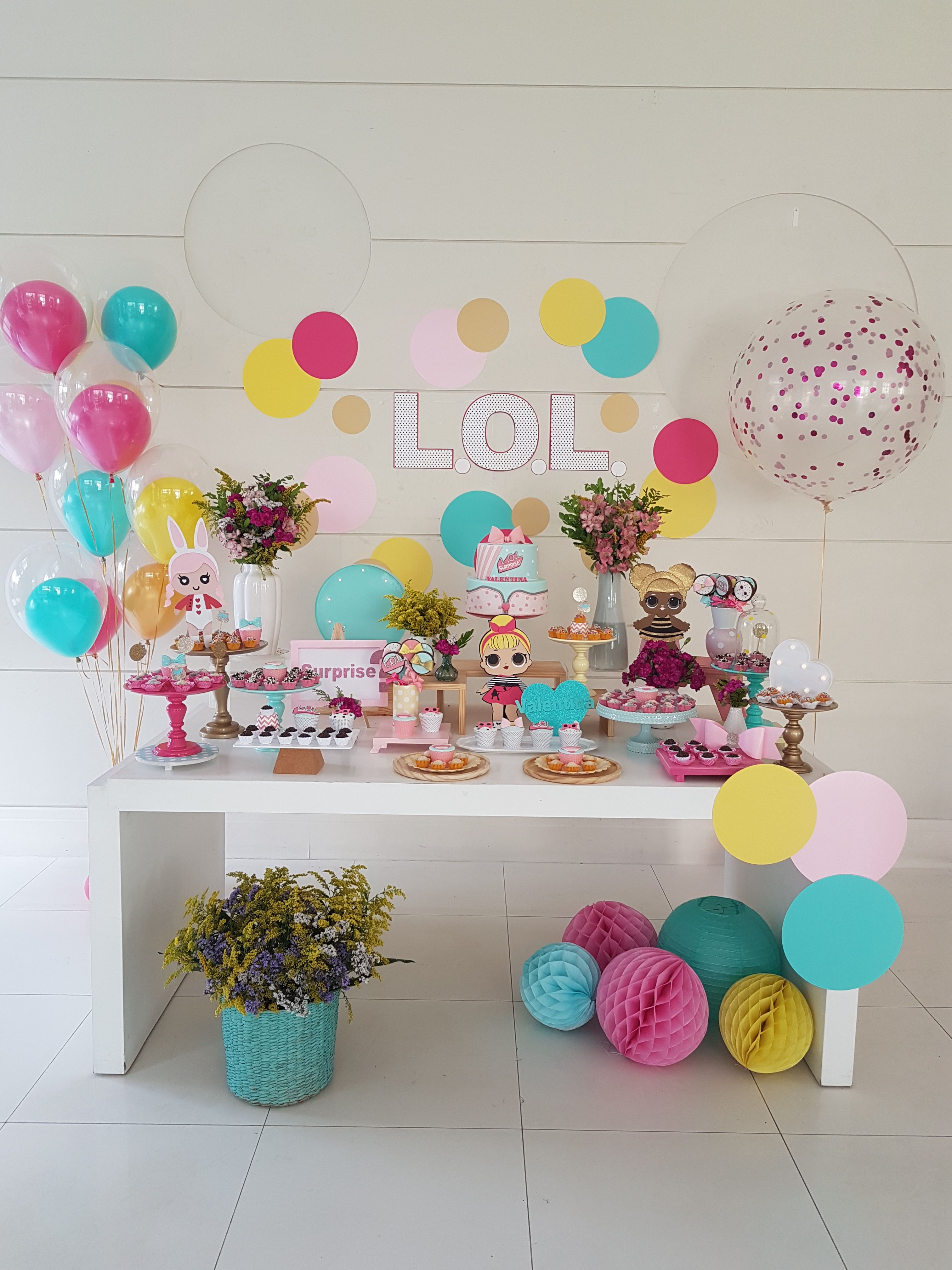 Decoraç u00e3o de Festa Infantil LOL Surprise Viver com Criatividade